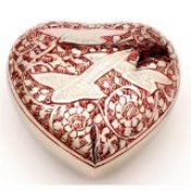 Herz - Rot-/Nickefarben mit Taubengravur